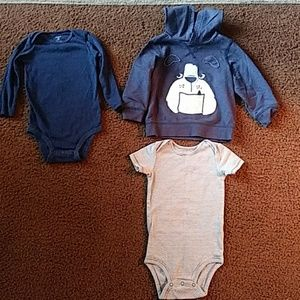 18 MONTH'S OLD CLOTHES LIKE NEW